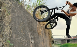 bmxdirect-felix-ditches-thumb