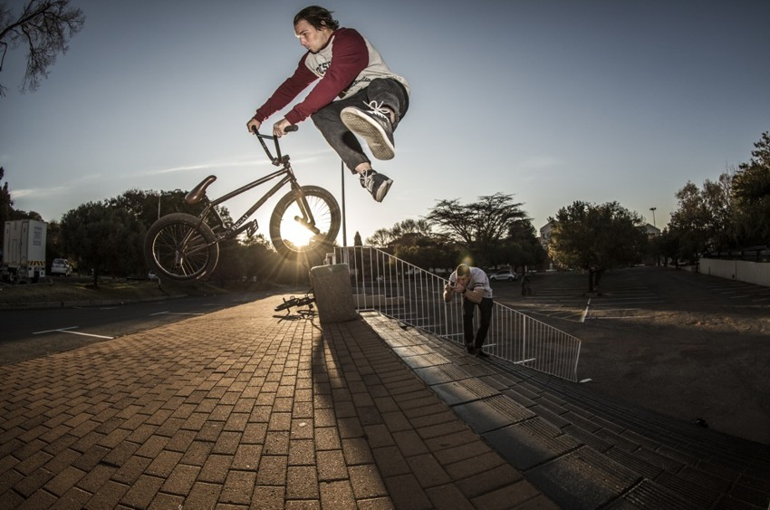 Colin Loudon - Upstairs to whip - Photo: Kevin Schnider