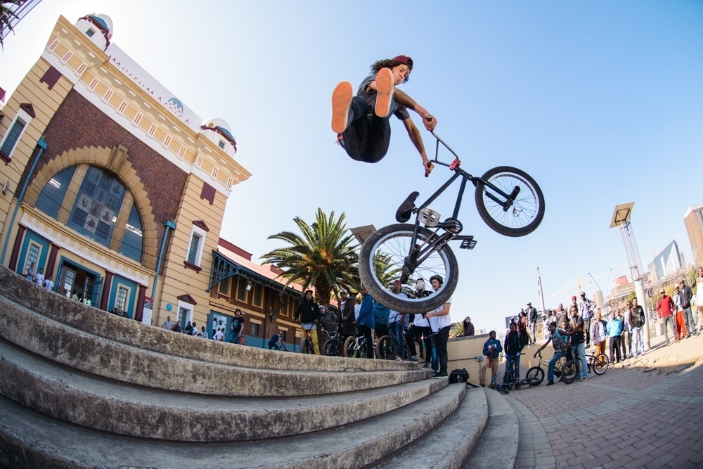 BMX Day 2015 Johannesburg -  Robert Davies threw down at every spot - No foot can - Africa Mueseum