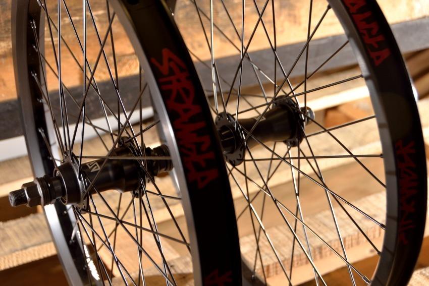 Stranger Crux Wheel Set - Black - 9t - Sealed Bearing - Female Front Hub