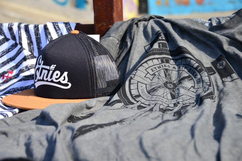 Etnies x Fit Bike Co 'Amity' Tshirt R300