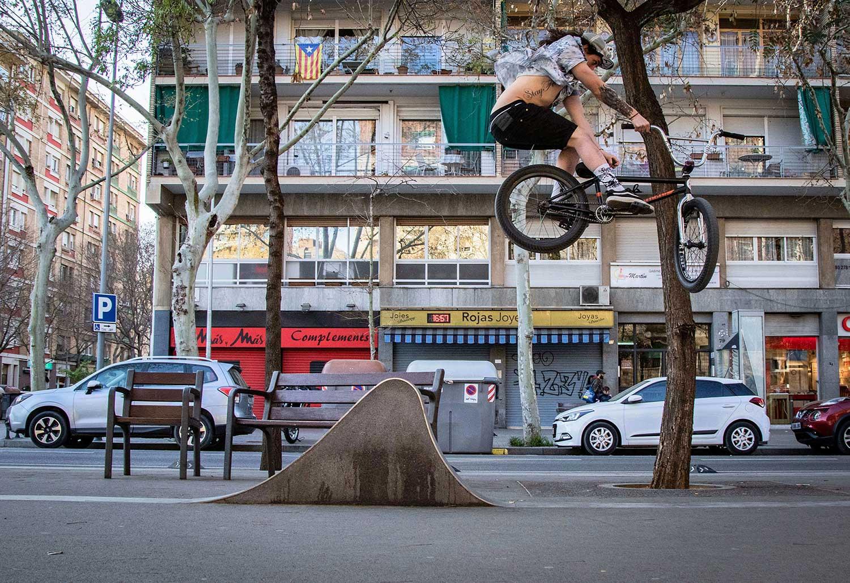 BCNBOYZ   Barcelona BMX Adventure